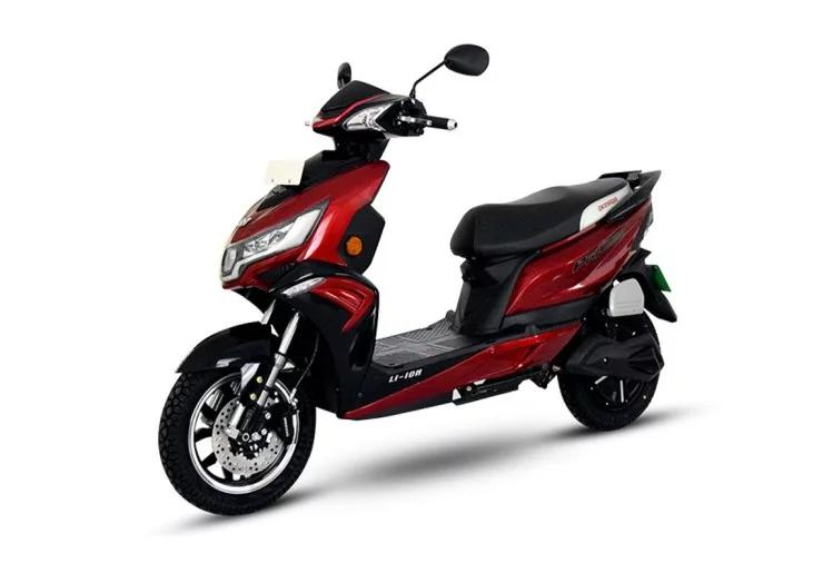 Two wheeler scooter