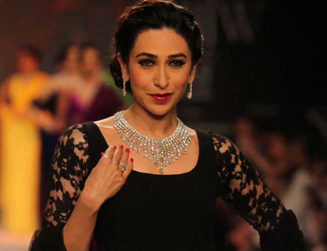 happy birthday karishma kapoor