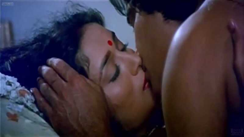madhuri vinod lip kissing