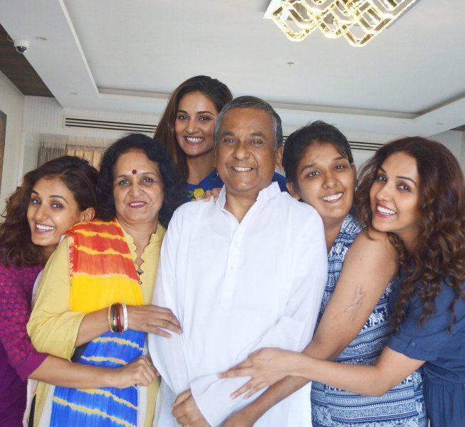 mohan sisters family