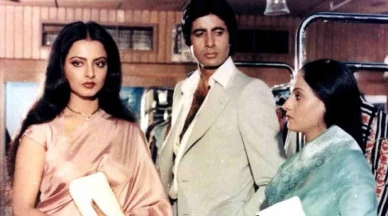 love triangle love story rekha jaya amitabh